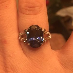 Jewelry - 🆕Just in! Stunning Sterling Silver Oval Sapphire